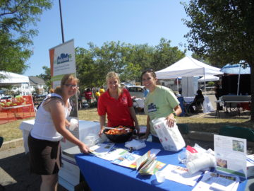 Ward 5 Festival 2012: Brittany Barski (CMHA & the Central NWG), Erika Meschkat (OSU-E), Kelly Melvin-Campbell, & Madeline